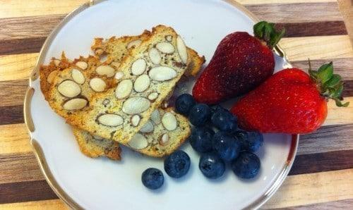Almond_paleo_snack