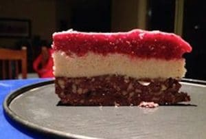 Paleo Friendly Raw Chocolate & Raspberry Cheesecake