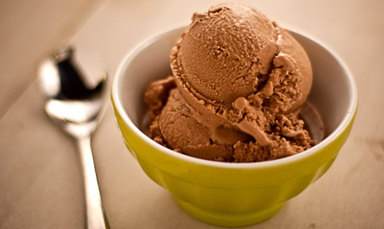 healthy homemade chocolate-ice-cream