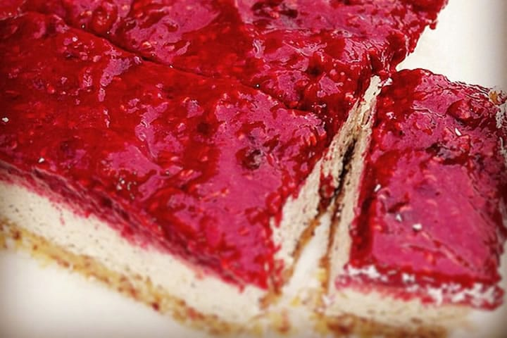 dairy free raspberry cheesecake