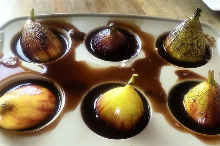 Cacao and Vanilla Figs - Healthy Dessert