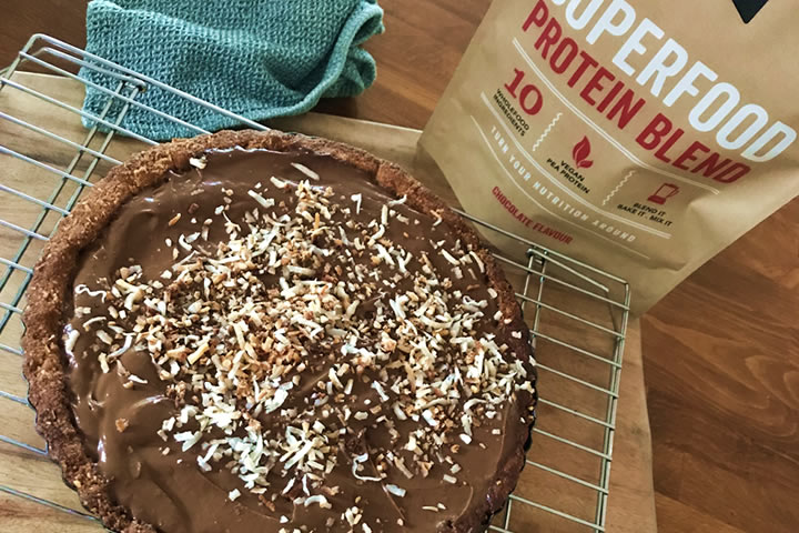 healthy chocolate avocado tart